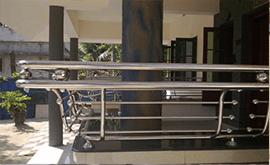انواع نرده استیل بالکن ساختمان